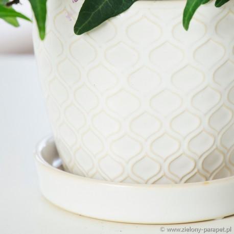Osłonka ceramiczna z podstawką -kremowa łuska 45.009.12 Ø 10 cm
